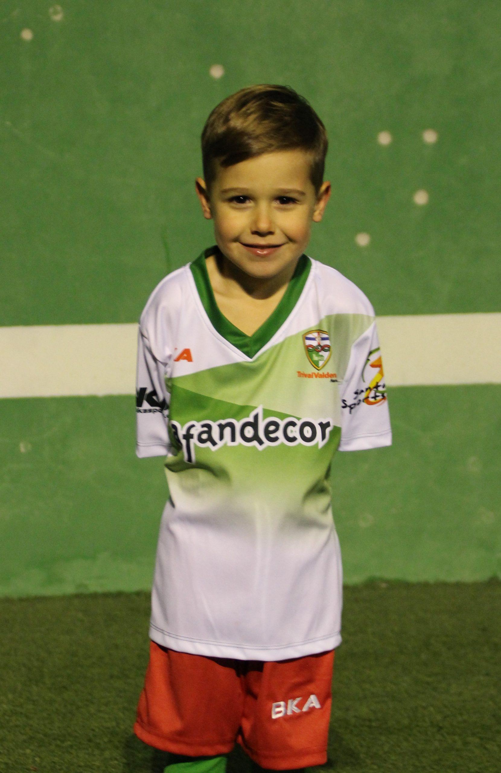 16 Lucas Sánchez Rey