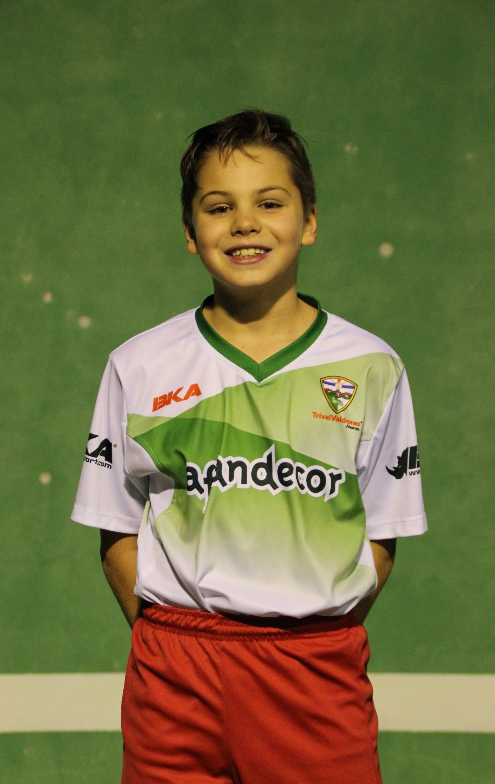 1 Daniel Hernando Pereira
