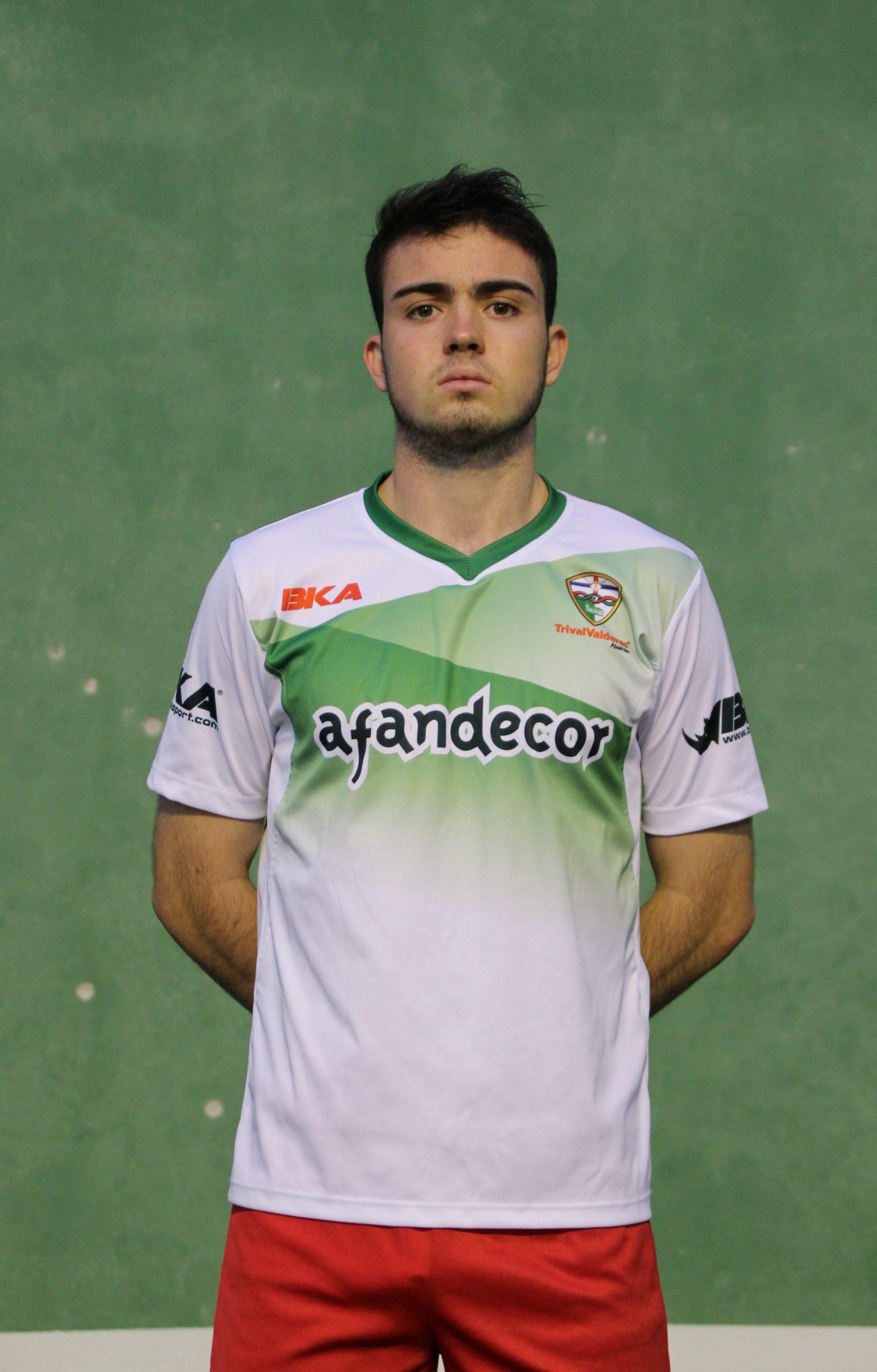 8 Pablo Fernández Rivera