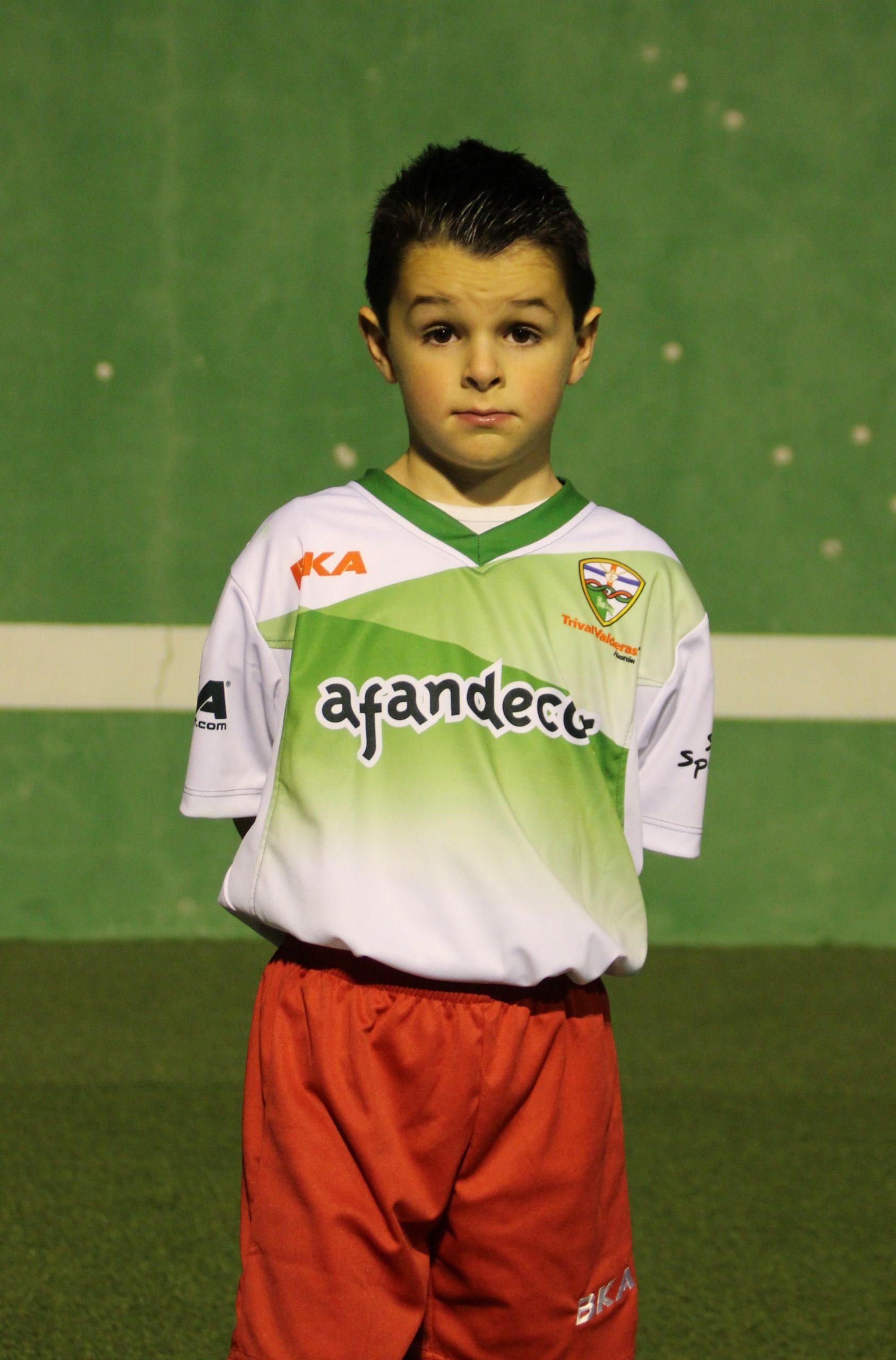 16 Luis Miguel Hernando García