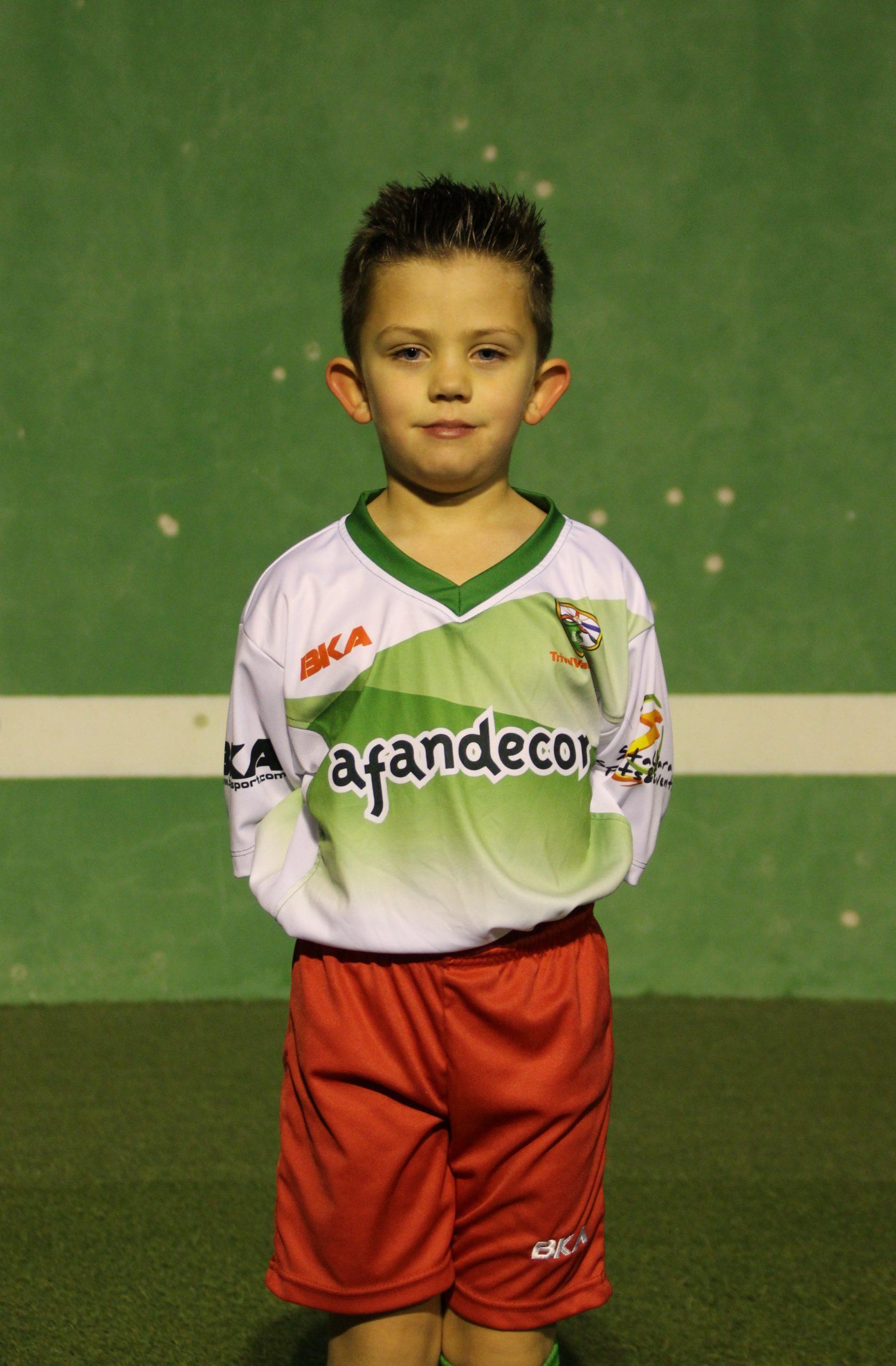 16 Vicente Colomo Estebaranz