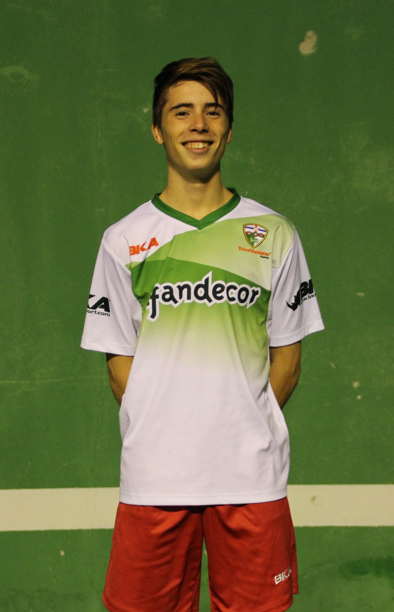 1 Adrián  Dorado Manzano