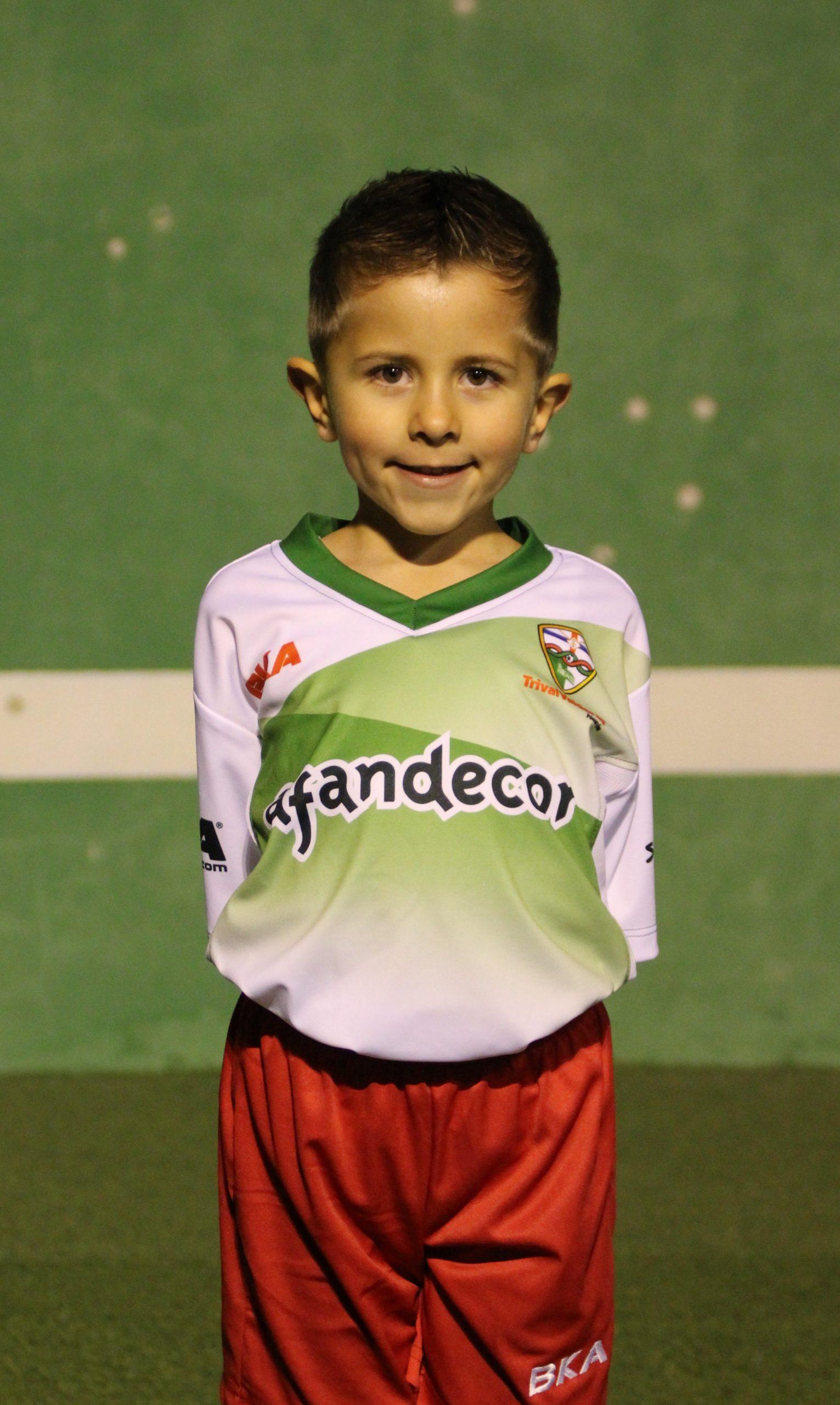 16 Izan Campos García