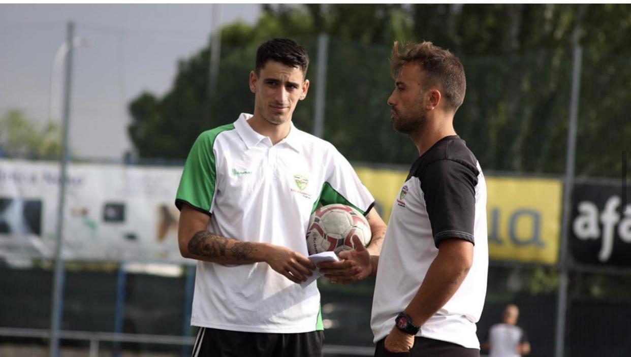 """Kike Ventas, segundo entrenador del Juvenil 'D': """"El fútbol es una de las partes más importantes de mi día a día"""""""