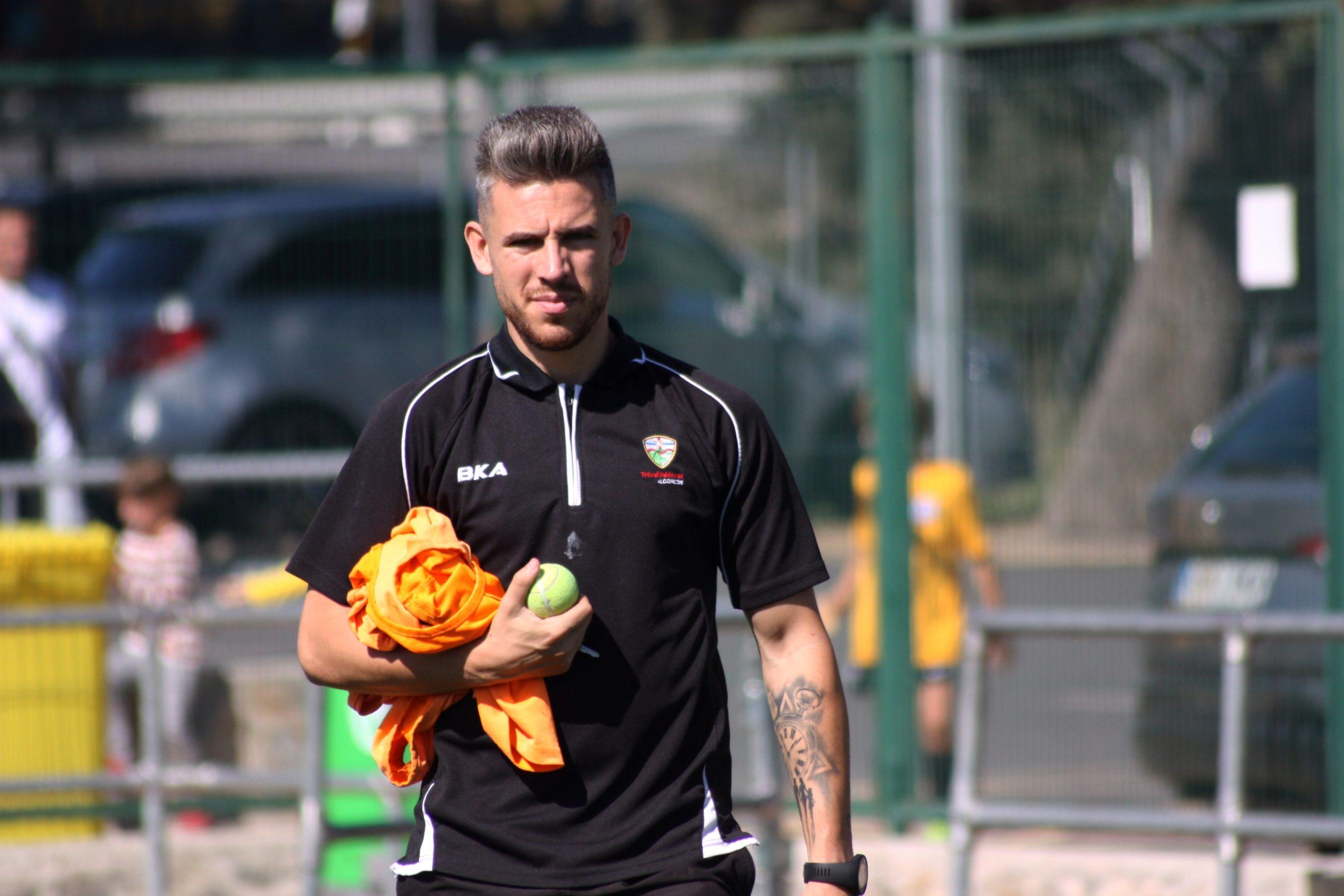 Dani, entrenador y preparador físico del Trival: «Mi objetivo es que mis jugadores se formen como personas»