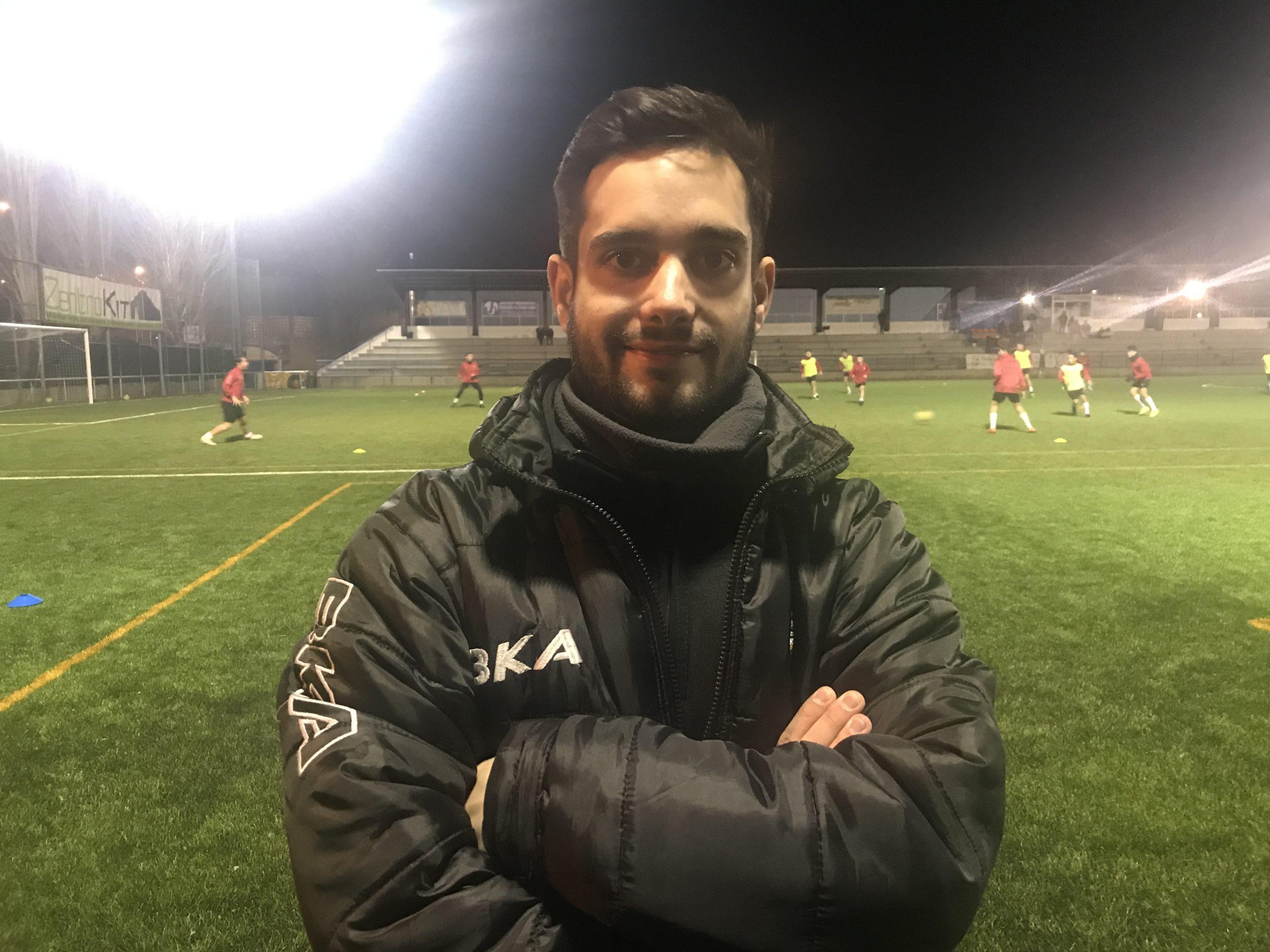"""Juan Carlos Tato, entrenador del Alevín D: """"Lo que es puramente deporte solo tiene cosas buenas"""""""