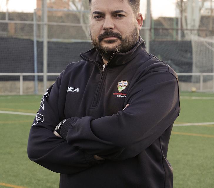"""Rubén Pérez, entrenador del Juvenil División de Honor: """"Volveremos a dar guerra"""""""