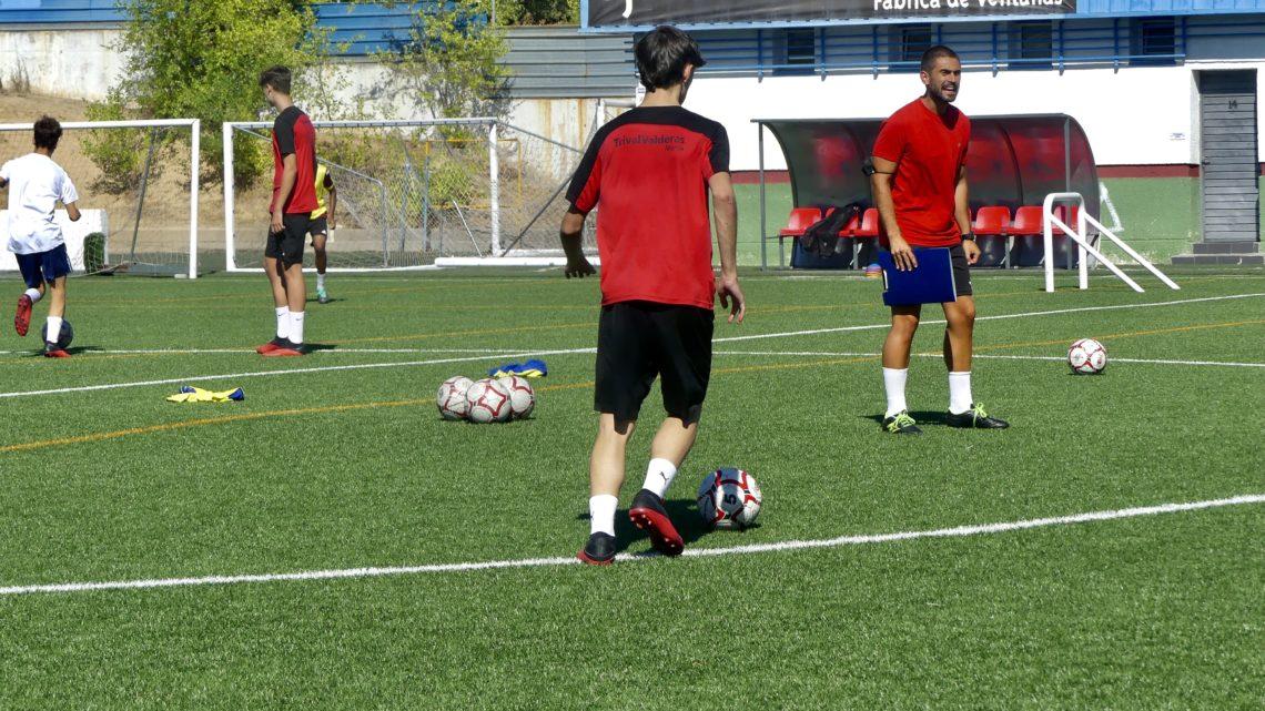 """Alberto, entrenador Juvenil 'D': """"Vamos a competir en cada partido"""""""