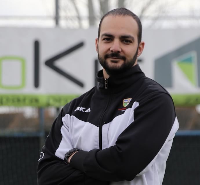 "Víctor, entrenador del Infantil 'B': ""El perfil del equipo me gusta mucho"""