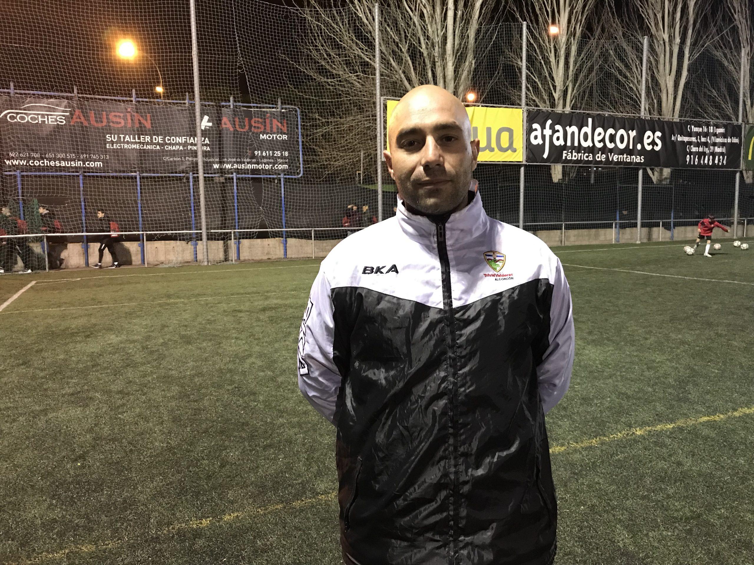 Fernando Galiano, nuevo entrenador del Cadete 'A': «Tienen la actitud de querer mejorar en cada entrenamiento y partido»