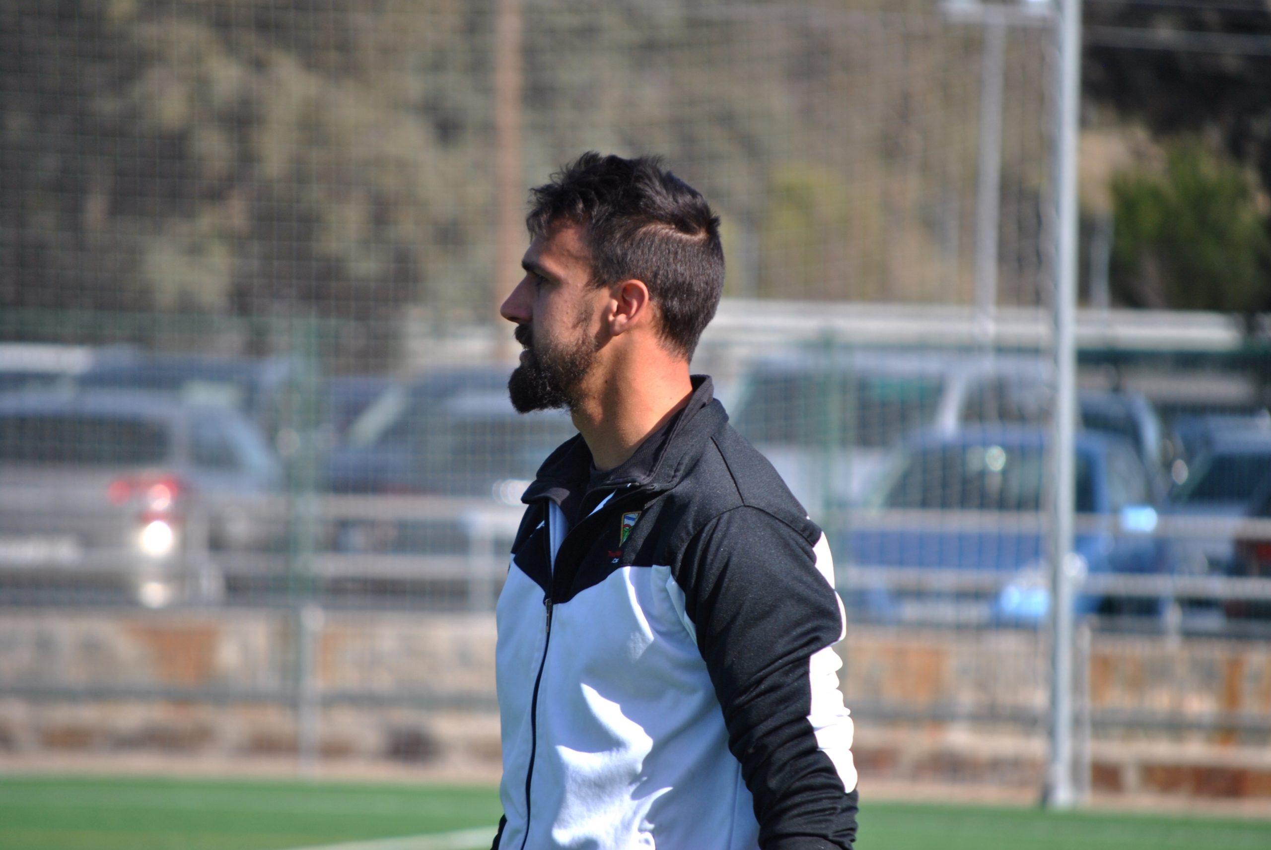 """Juanan Rodríguez, entrenador del TrivalValderas: """"Sin el fútbol a mi vida le faltaría algo"""""""