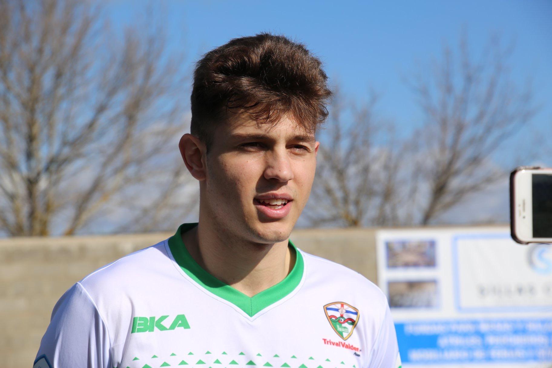 """Kosty, jugador del Juvenil Nacional: """"Debutar con el Primer Equipo era uno de mis sueños"""""""